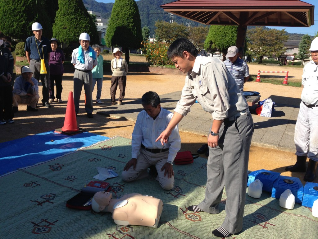 AEDの使い方の講習