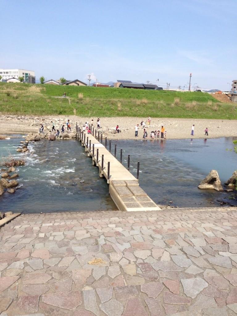 足羽川下流の沈下橋
